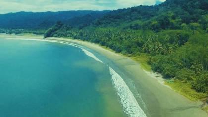 Pantai Sipelot di Malang