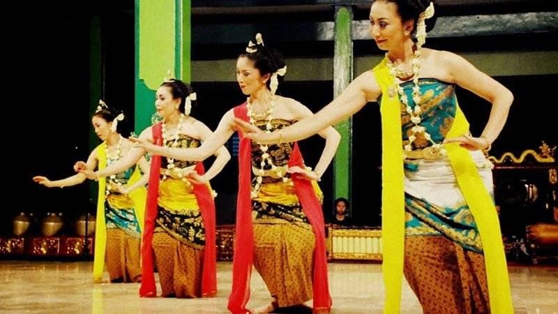 Tari Gambyong Jawa Tengah