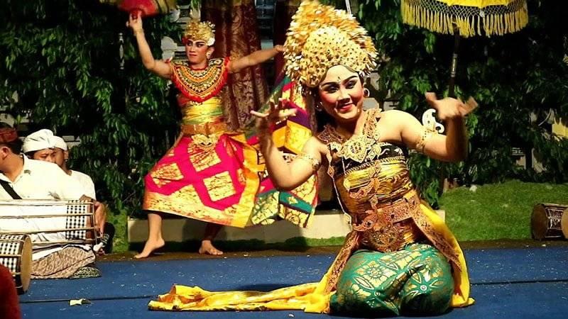 Tari Oleg Tamulilingan Bali